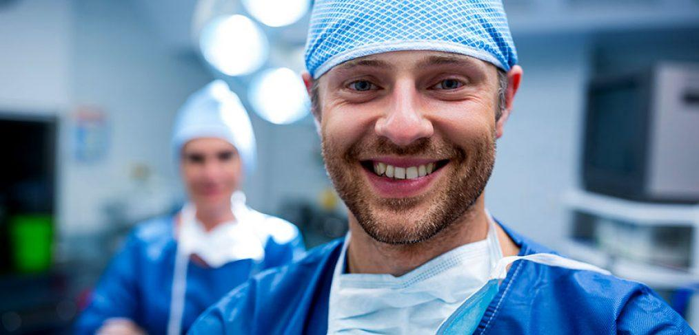 chirurgo rinoplastica dopo intervento